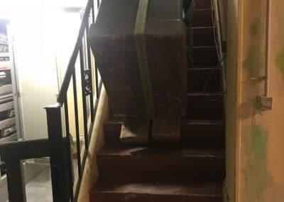 manutention coffre fort par escalier
